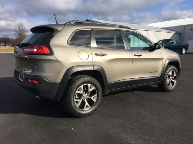 Pre-Owned 2017 Jeep Cherokee Trailhawk 4x4 *Ltd Avail*