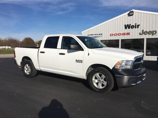 Pre-Owned 2016 Ram 1500 2WD Crew Cab 140.5 Tradesman