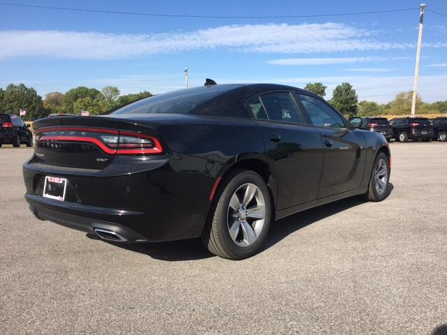 Pre-Owned 2018 Dodge Charger SXT Plus RWD
