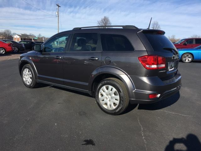Pre-Owned 2019 Dodge Journey SE FWD