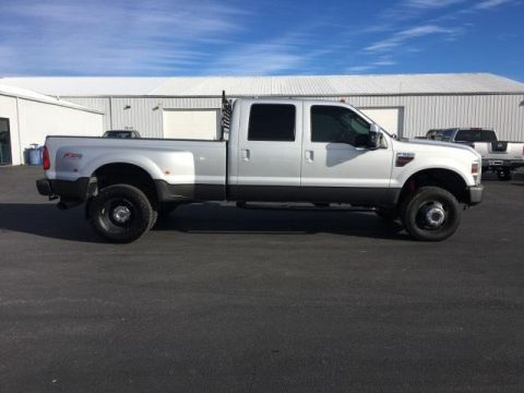 Pre-Owned 2008 Ford Super Duty F-350 DRW 4WD Crew Cab 172 FX4