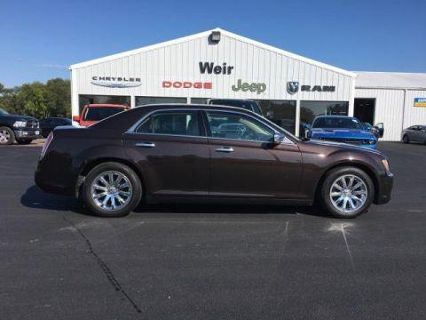 Pre-Owned 2012 Chrysler 300 4dr Sdn V6 Limited RWD